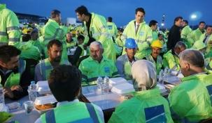 Başbakan Yıldırım 3. Havalimanı İşçileriyle İftar Yaptı