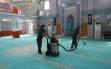 7 kişilik ekip, ilçede bulunan camileri temizliyor Haberi