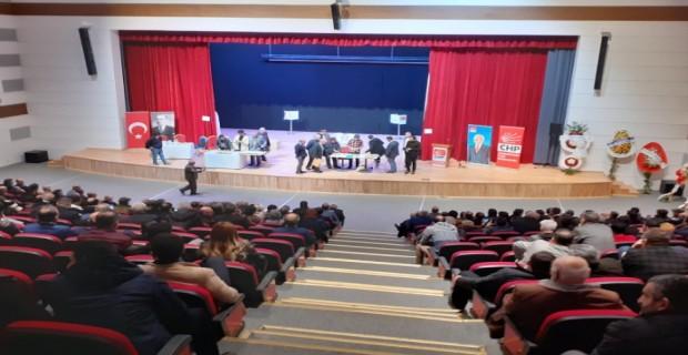 CHP Arnavutköy'de Yeni İlçe Başkanı Özlem Kutbay Oldu