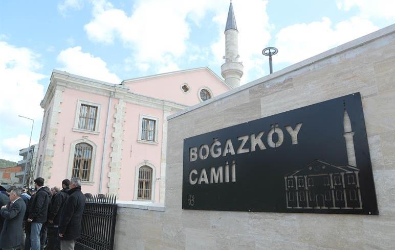 Tarihi Boğazköy Camii İbadete Açıldı