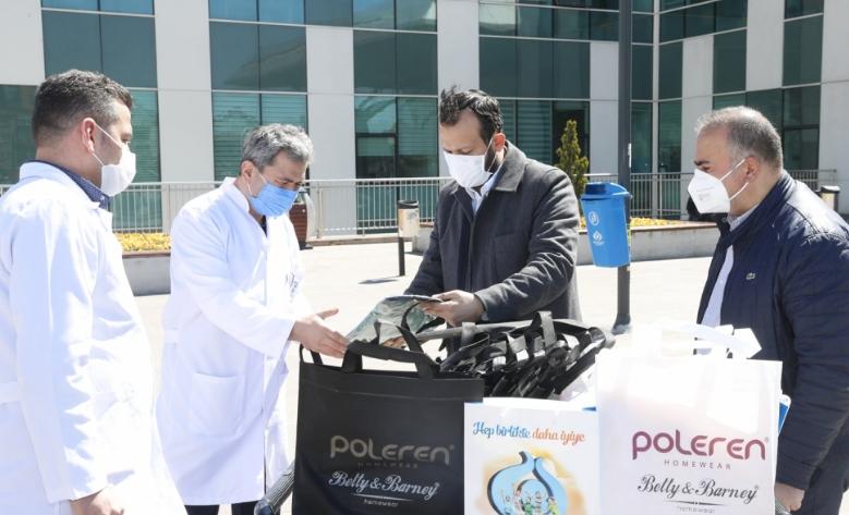 Sultangazi'de Koronavirüsle Mücadeleye Esnaf Desteği