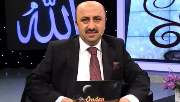 İlahiyatçı Ömer Döngeloğlu Koronavirüsten hayatını kaybetti
