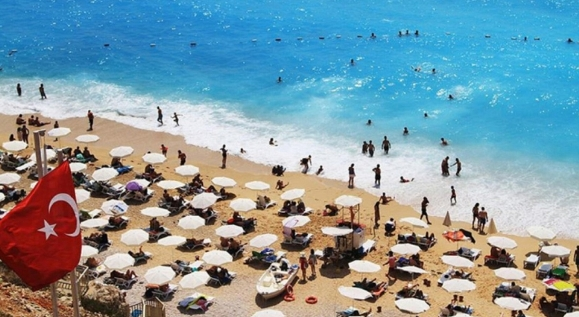 Ersoy: 28 Mayıs'ta iç turizm başlar