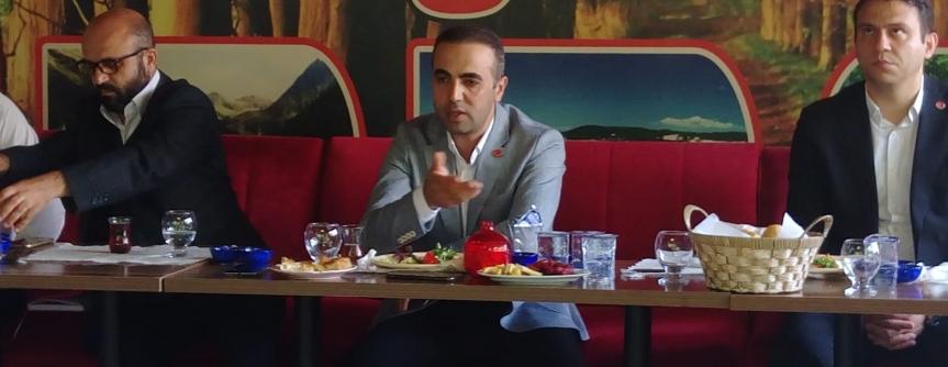 İlbeyi;  Arnavutköy'de Siyaset Yapan Bir Parti Yok